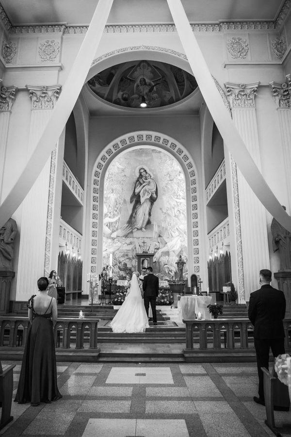 vestuviu-fotografai-klaipeda-2609805BAF-E5C5-B7FA-6DDD-20C61A7C9A9F.jpg